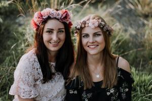 Julia & Nadine